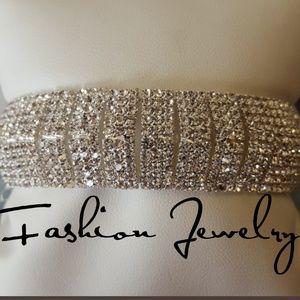 Jewelry - GORGEOUS Rhinestone Cuff Bracelet